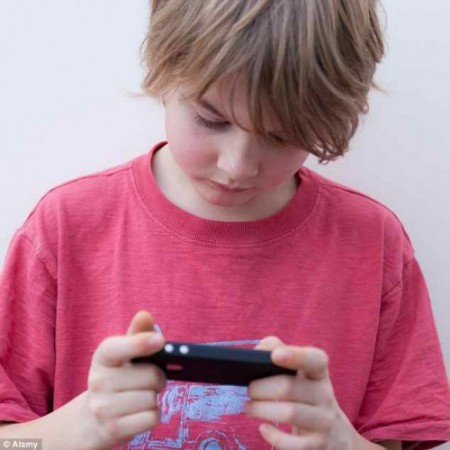 apps to monitor kids internet on iphone