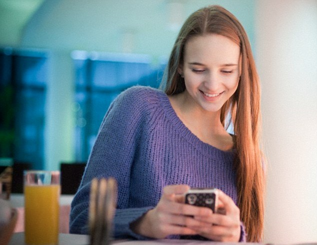 how to monitor my son daughter text messages
