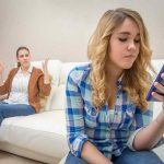 4 Ways to track your daughters phone without her knowing?